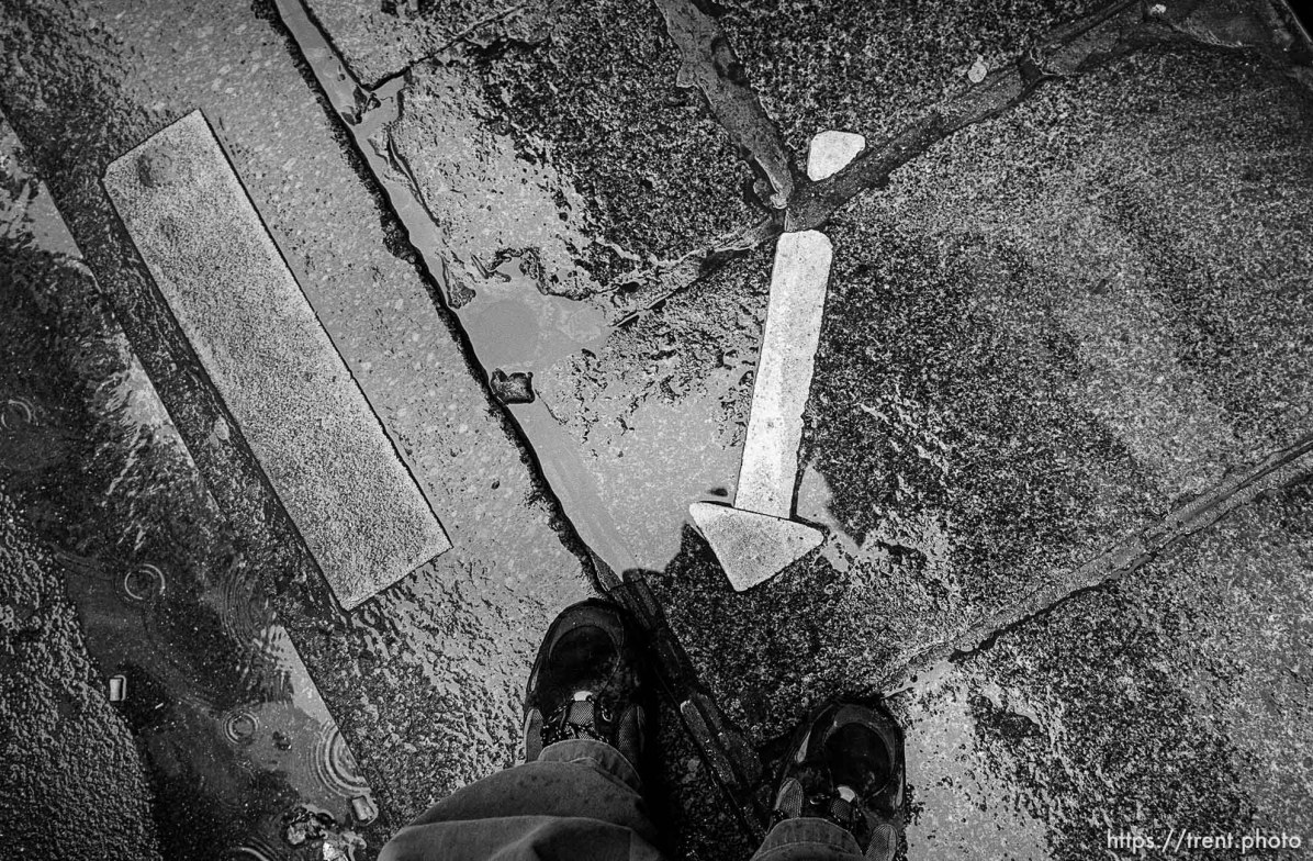 Trent feet and arrow