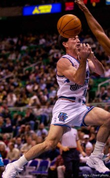 John Stockton dishes off. Jazz vs. Charlotte Hornets. . 12/04/2001, 7:20:41 PM