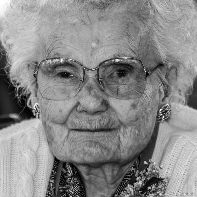 Hannah Tomlin, 100, Bountiful. The 16th annual celebration of Utah's Centenarians at the Governor's Mansion. ; 05.29.2002, 9:49:18 AM