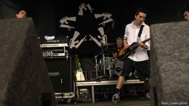 Anti-Flag. Warped Tour. 06/22/2002, 3:10:51 PM