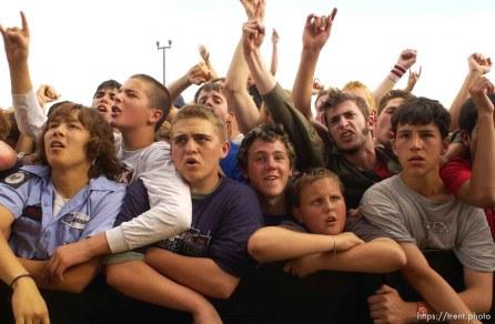NOFX. Warped Tour. 06/22/2002, 6:34:37 PM