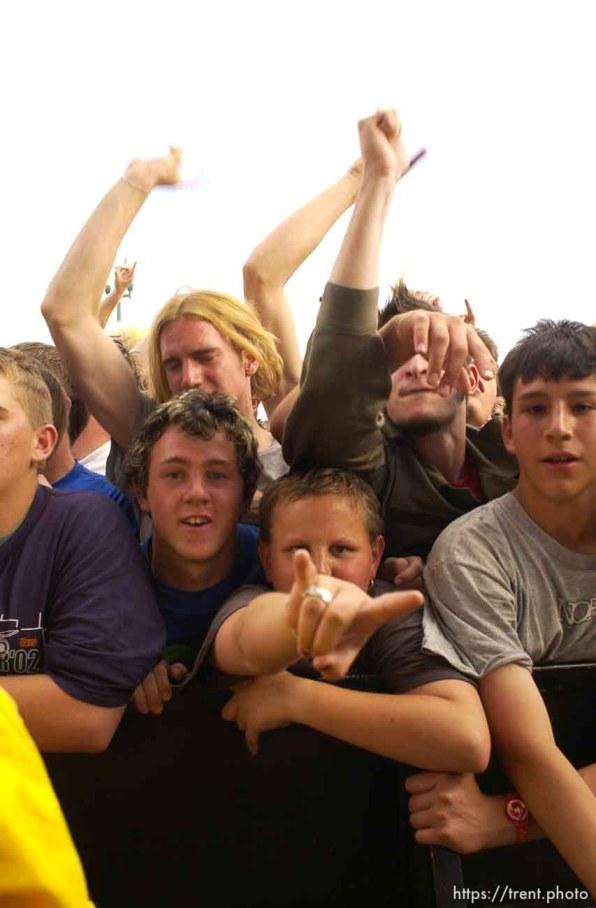 NOFX. Warped Tour. 06/22/2002, 6:34:44 PM