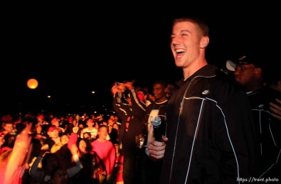 alex smith. The Utah football team and their Fiesta Bowl appearance was the focus of a large pep rally was held Thursday evening at the Point South Mountain Resort. A large crowd of Utah fans was joined by the school band and cheerleaders.