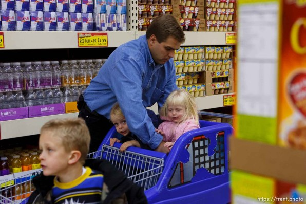 Tooele - Joseph Lappi came back from serving in Iraq to find his wife pregnant with another man's child and himself the sole caretaker for his four children. Oldest to youngest: Joseph Lappi Jr, Daria Lappi , Lillian Lappi , and Sophie Lappi .