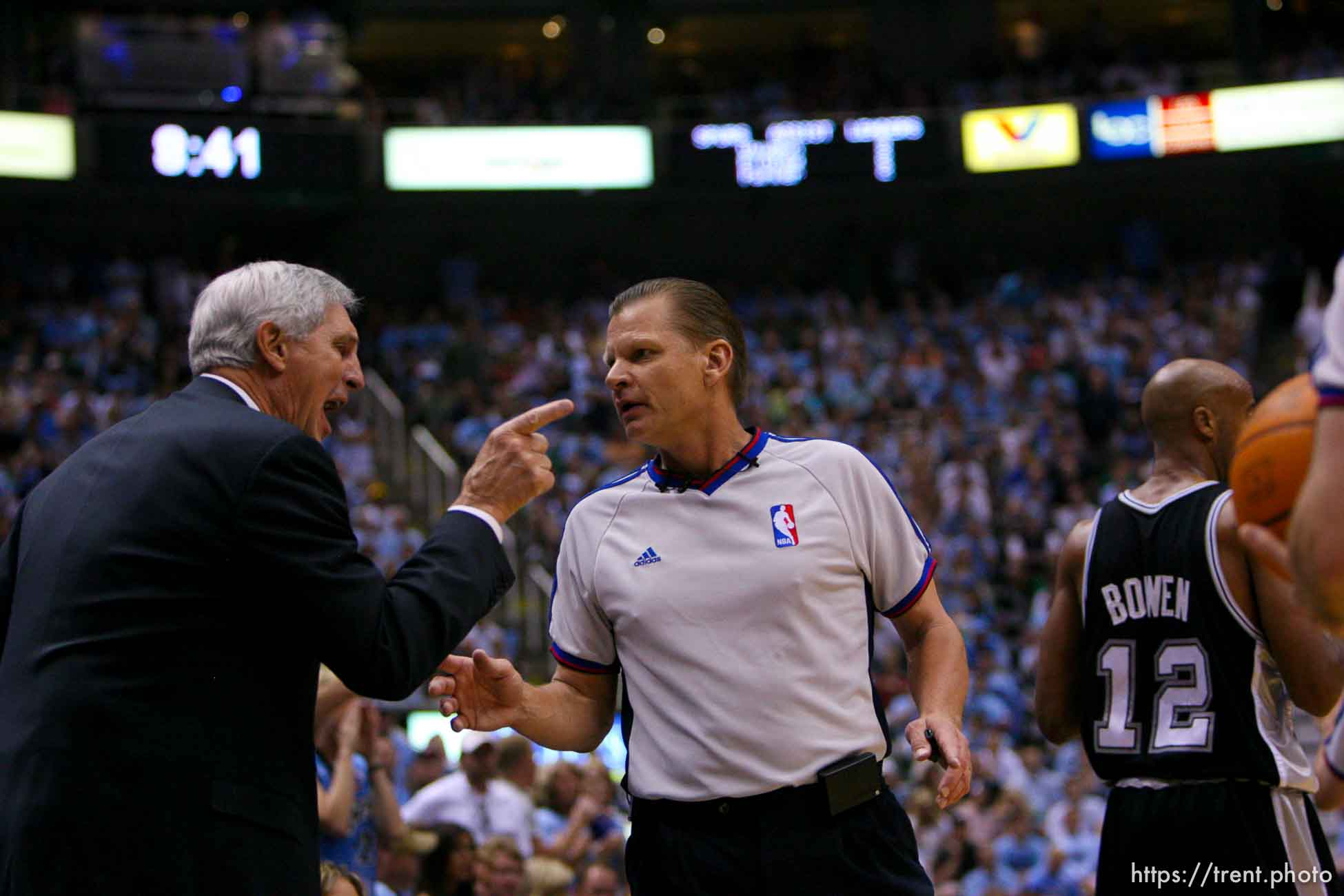 Salt Lake City - Jazz coach Jerry Sloan argues with referee Steve Javie in the 3rd quarter. Utah Jazz vs. San Antonio Spurs, Western Conference Finals game four at EnergySolutions Arena. 5.28.2007