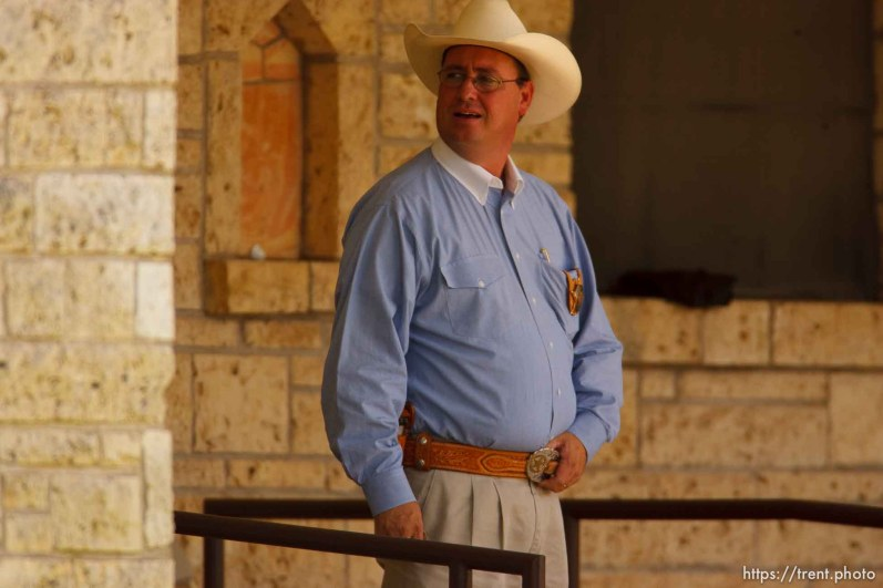 Eldorado - at the Schleicher County Courthouse Tuesday, July 22, 2008, where a grand jury met to hear evidence of possible crimes involving FLDS church members from the YFZ ranch. sherriff david doran