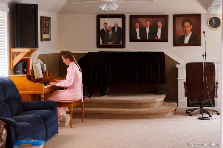 Westcliffe - . Monday, July 28, 2008. girl playing piano, FLDS leadership