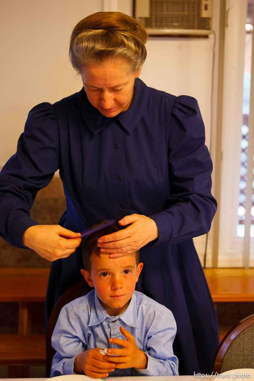 Westcliffe - . Monday, July 28, 2008. woman and boys