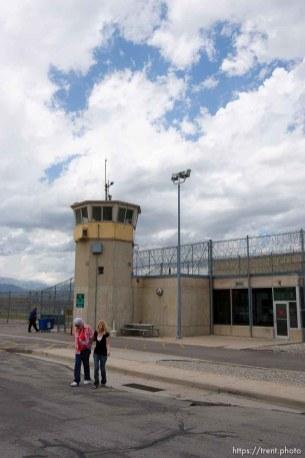 Trent Nelson | The Salt Lake Tribune Draper - Commutation hearing for death-row inmate Ronnie Lee Gardner Thursday, June 10, 2010, at the Utah State Prison. Veldean Kirk, Mandi Hull