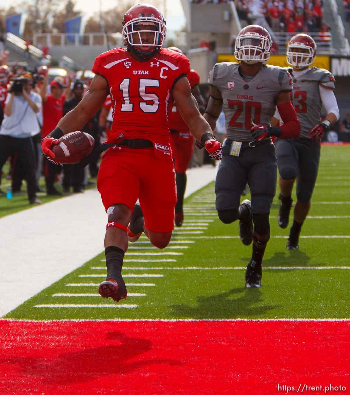 Trent Nelson | The Salt Lake Tribune Utah running back John White (15) runs for a first quarter touchdown as Utah hosts Washington State, college football at Rice-Eccles Stadium Saturday November 3, 2012 in Salt Lake City.