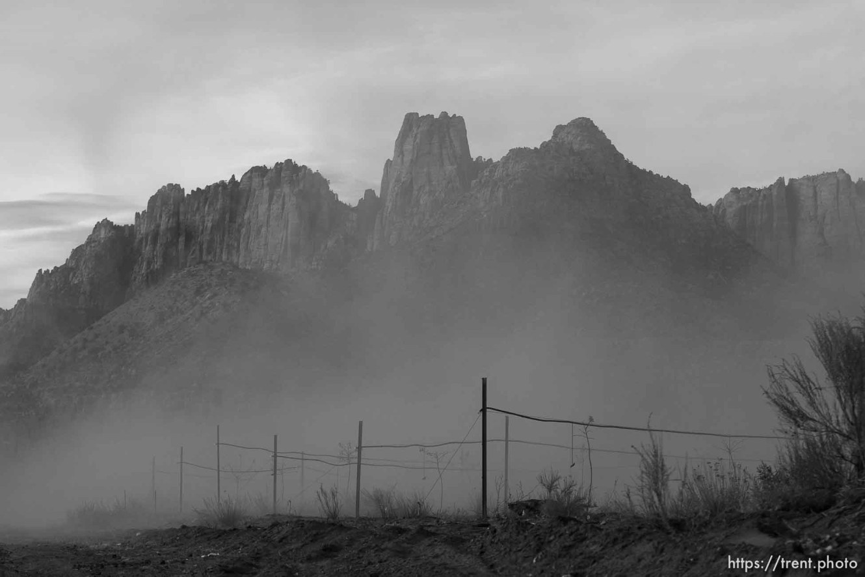 dust, el capitan Thursday November 29, 2012.