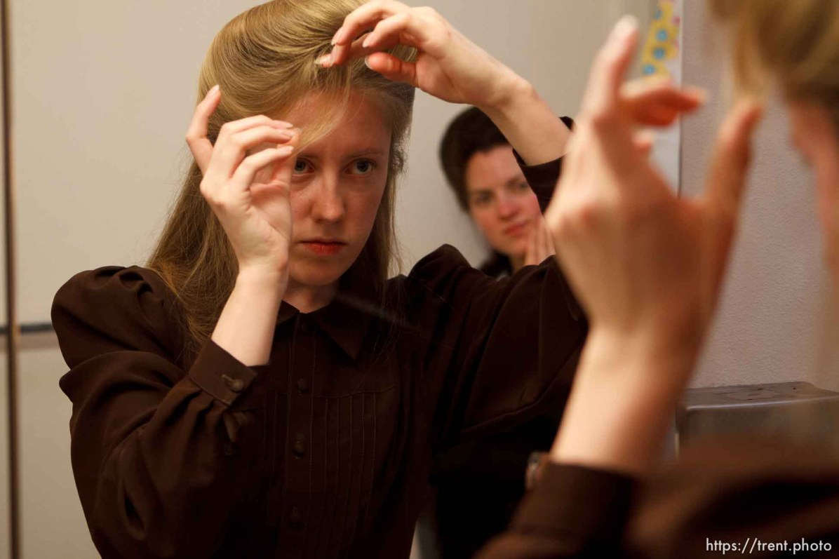 Trent Nelson | The Salt Lake Tribune Allie Steed does her hair, on Saturday December 1, 2012 in Colorado City. The three young women recently left the FLDS church. Helen Holm at rear