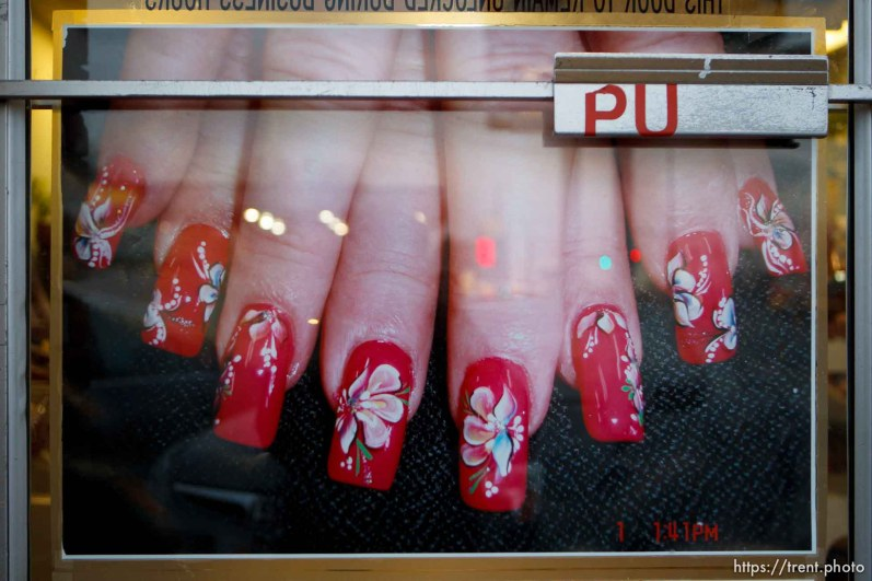 fingernails, Wednesday December 12, 2012