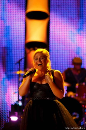 Trent Nelson | The Salt Lake Tribune Kelly Clarkson performs at the Stadium of Fire Thursday July 4, 2013 in Provo.