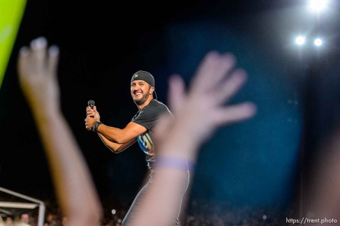 Trent Nelson | The Salt Lake Tribune Luke Bryan performs at USANA Amphitheatre in West Valley City, Wednesday August 26, 2015.