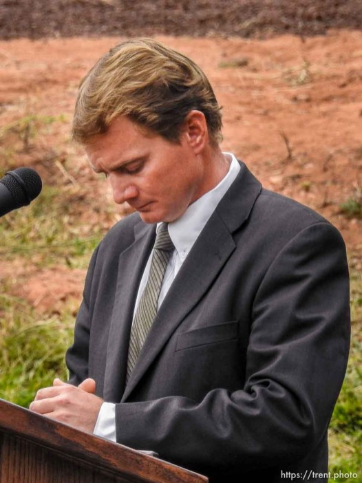 Trent Nelson | The Salt Lake Tribune Joseph Jessop speaks at a memorial for the 13 (and 1 still missing) victims of a September 14th flash flood. The memorial was held in Maxwell Park in Hildale, Saturday September 26, 2015. Jessop lost two wives and seven children in the flood.