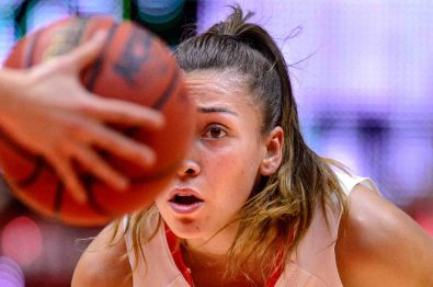 Trent Nelson | The Salt Lake Tribune Utah Utes guard Danielle Rodriguez (22) looks to the ball as the University of Utah hosts Washington State, NCAA women's basketball at the Huntsman Center, Saturday January 2, 2016.