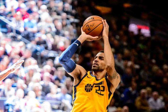 Utah Jazz forward Thabo Sefolosha (22) puts up a shot as the Utah Jazz host the Milwaukee Bucks, NBA basketball in Salt Lake City Saturday November 25, 2017.