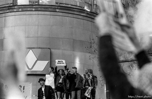"""Punks with """"no war"""" signs at Gulf War protest"""