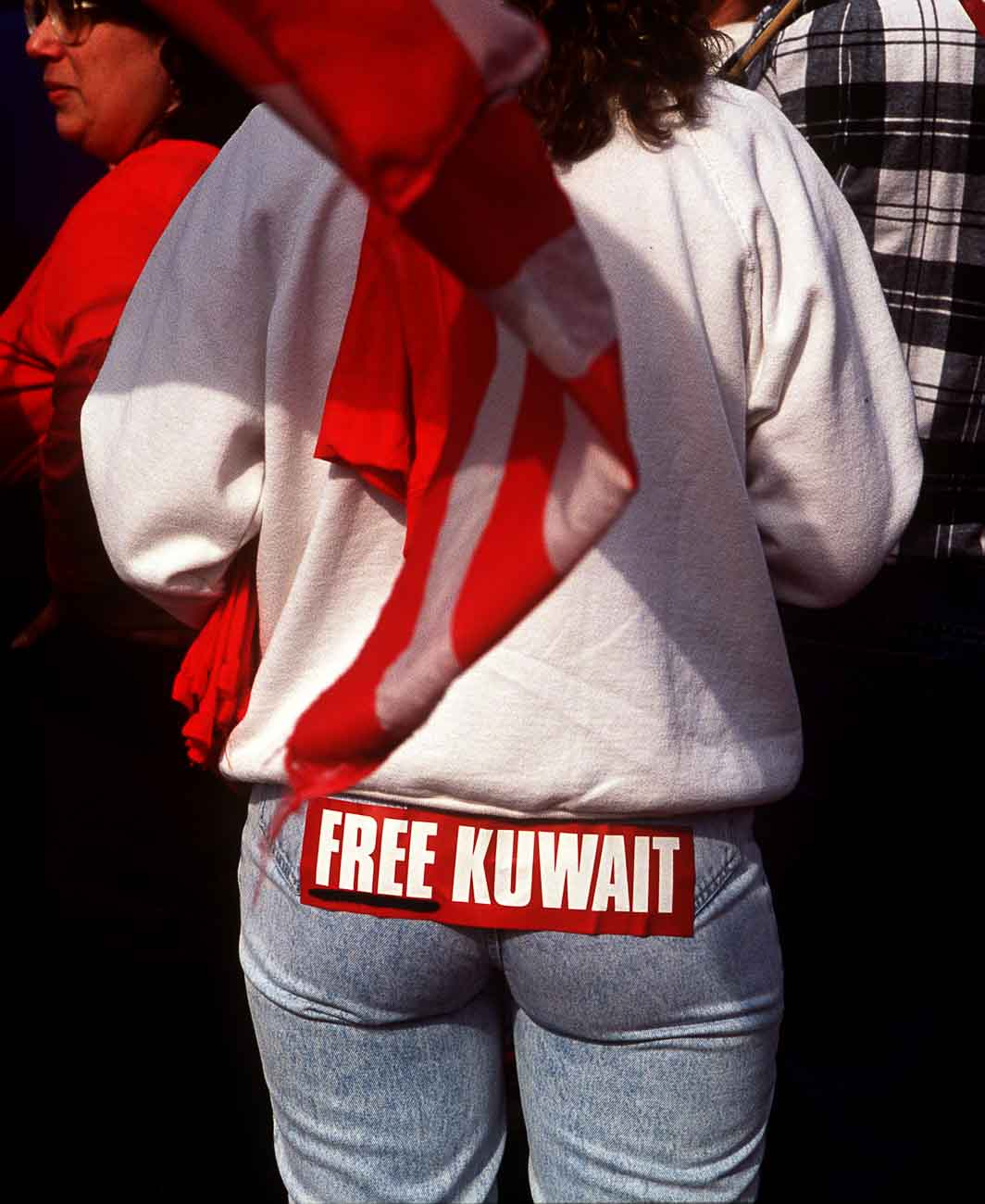 Pro-war Gulf War protest at the Marina.