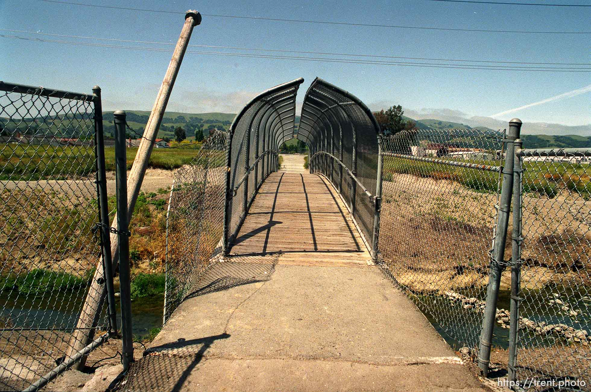 The bridge to California High School