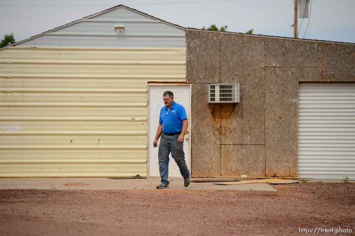 Trent Nelson   The Salt Lake Tribune The eviction of an empty home in Hildale, Tuesday May 9, 2017. Locksmith Kelvin Holdaway.