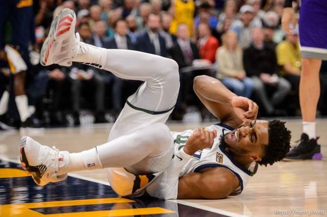 (Trent Nelson | The Salt Lake Tribune) Utah Jazz guard Donovan Mitchell (45) as the Utah Jazz hosts the Sacramento Kings, NBA basketball in Salt Lake City on Monday Oct. 14, 2019.