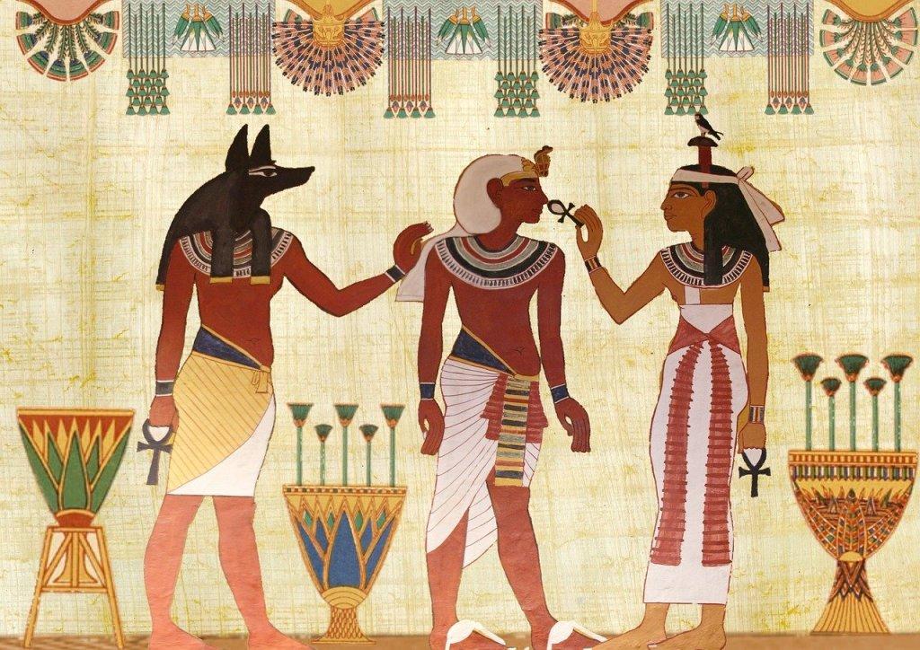Anubis-pharaon-égypte-pyramide-visite