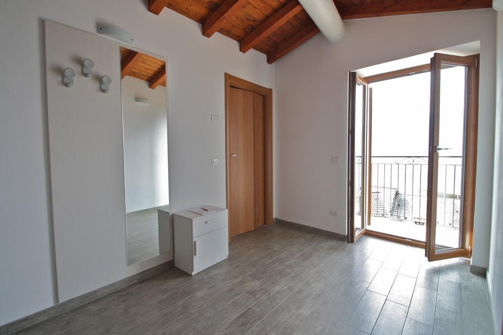 Lago Como Vercana Appartamenti ristrutturati