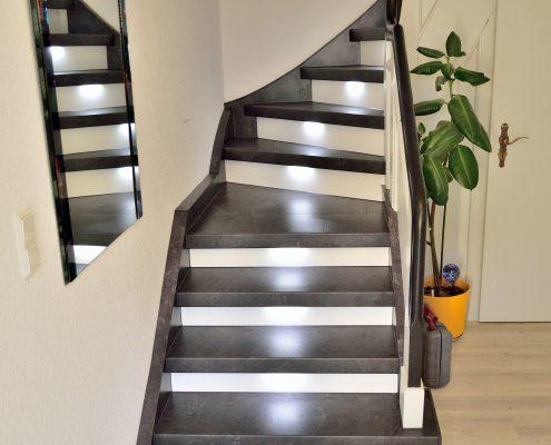 Treppe renovieren Treppenhaus - Treppen-Renovierungen Schran