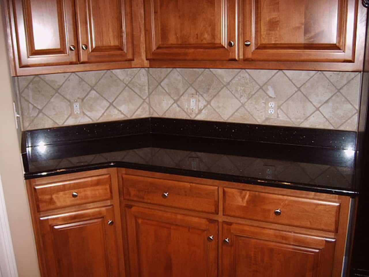 kitchen tile designs rubbermaid trash can wall tiles and more pictures ideas contemporary design 1