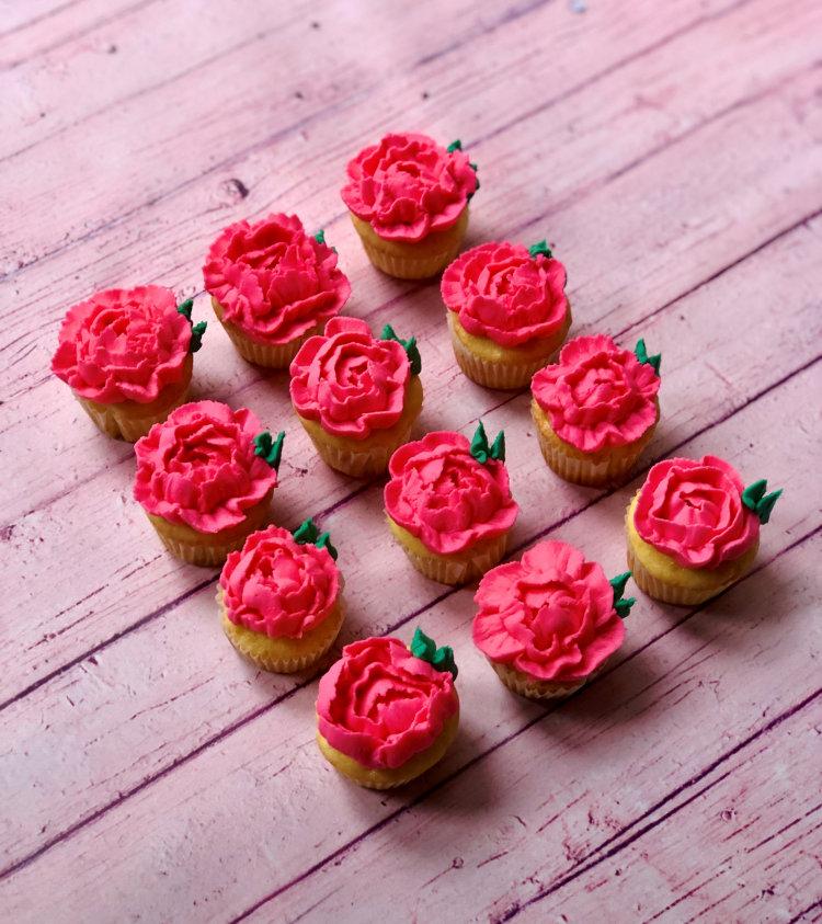Mini Flower Gluten Free Cupcakes