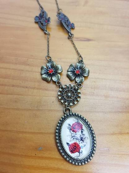 collier-rose-strass