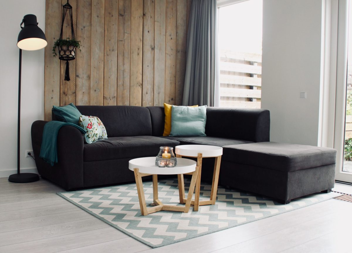 give thanks post image couch