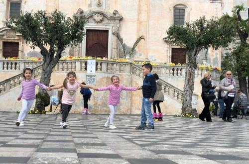 Taormina, sicilia, viaggio on the road con bambini, trevaligie