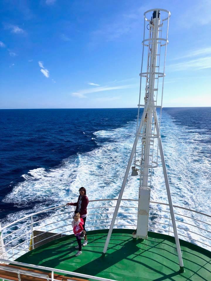 viaggiare in nave, viaggio on the road, viaggi con i bambini, alternativa all'aereo, trevaligie