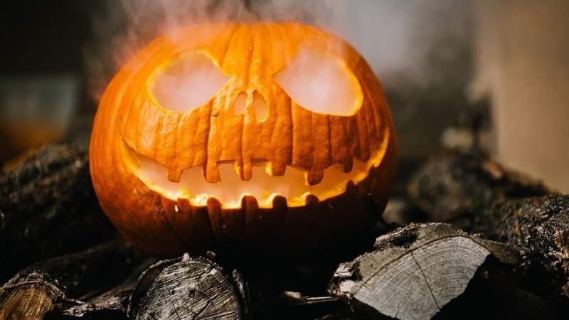 Preparare una zucca per Halloween in dieci minuti