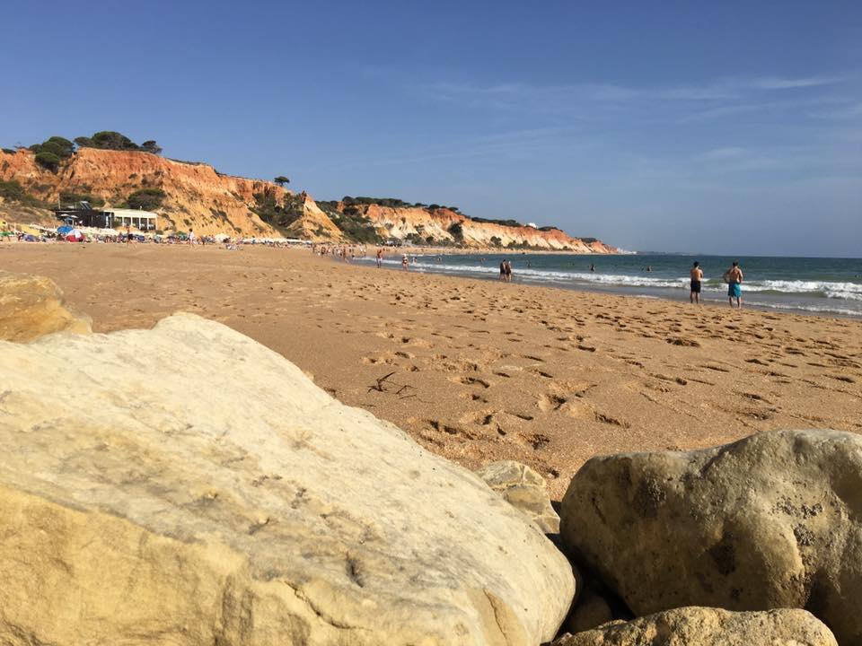 Praya da falesia è una delle spiagge più belle e famose dell'Algarve.