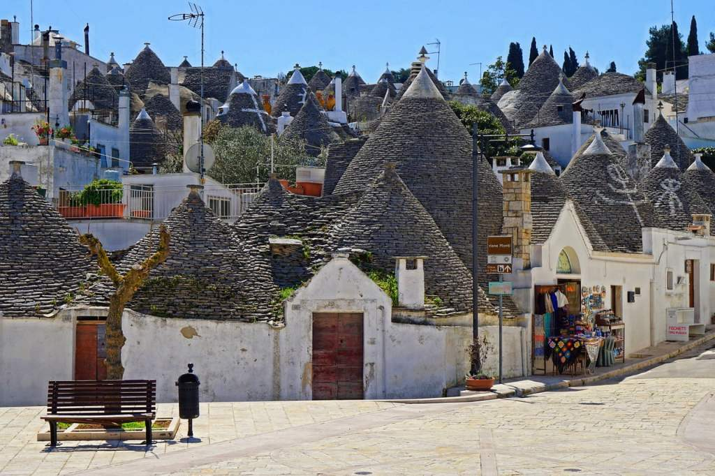 Alberobello, puglia con i bambini, viaggio on the road in salento, trevaligie