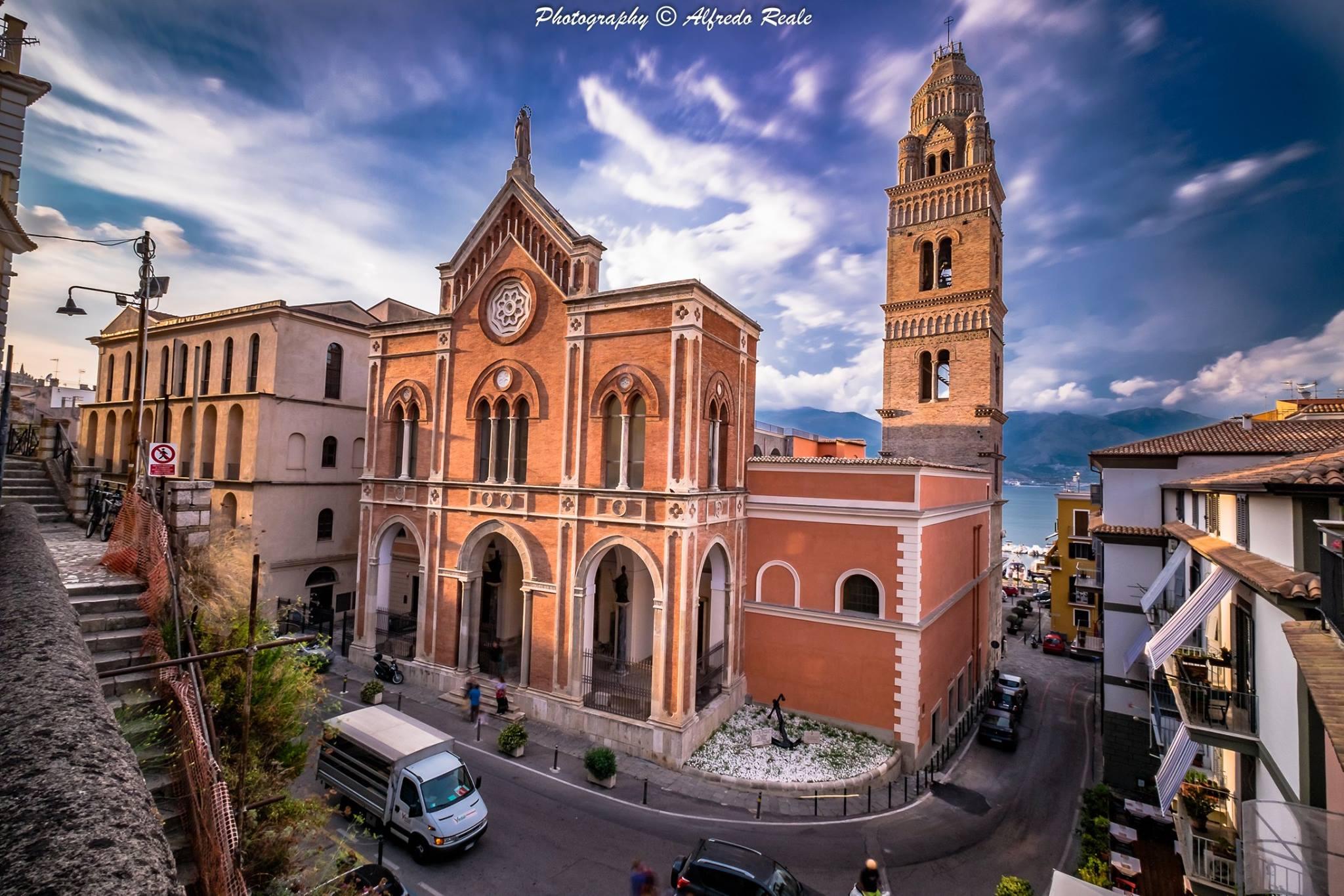 Il Duomo di sant'Erasmo a Gaeta.