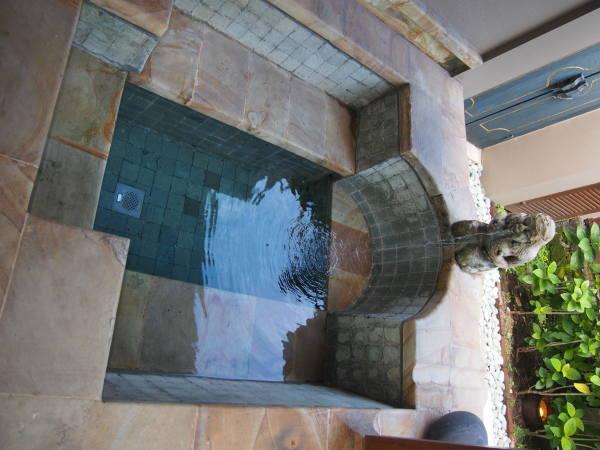 部屋のプライベート温泉