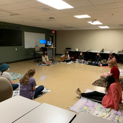 Students turn to small groups to foster spiritual community on campus during COVID-19