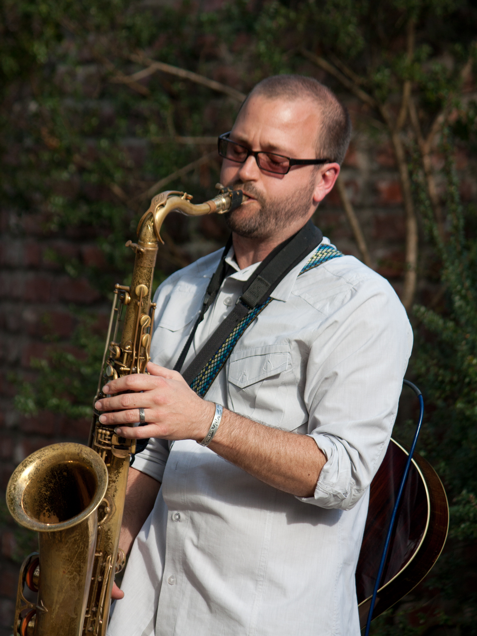 Trevor Ras playing saxophone at Edgefield