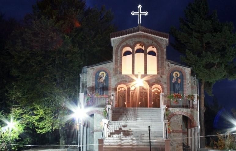 Свещеното място в България, където чудесата се сбъдват. Нямо дете проговори, неизлечимо болна жена оздравя