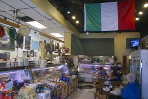 Inside Giacomo's