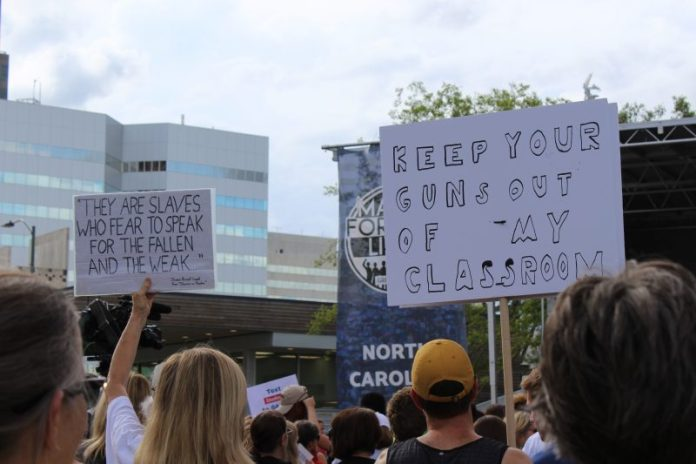 March-For-Our-Lives-Rally-signs