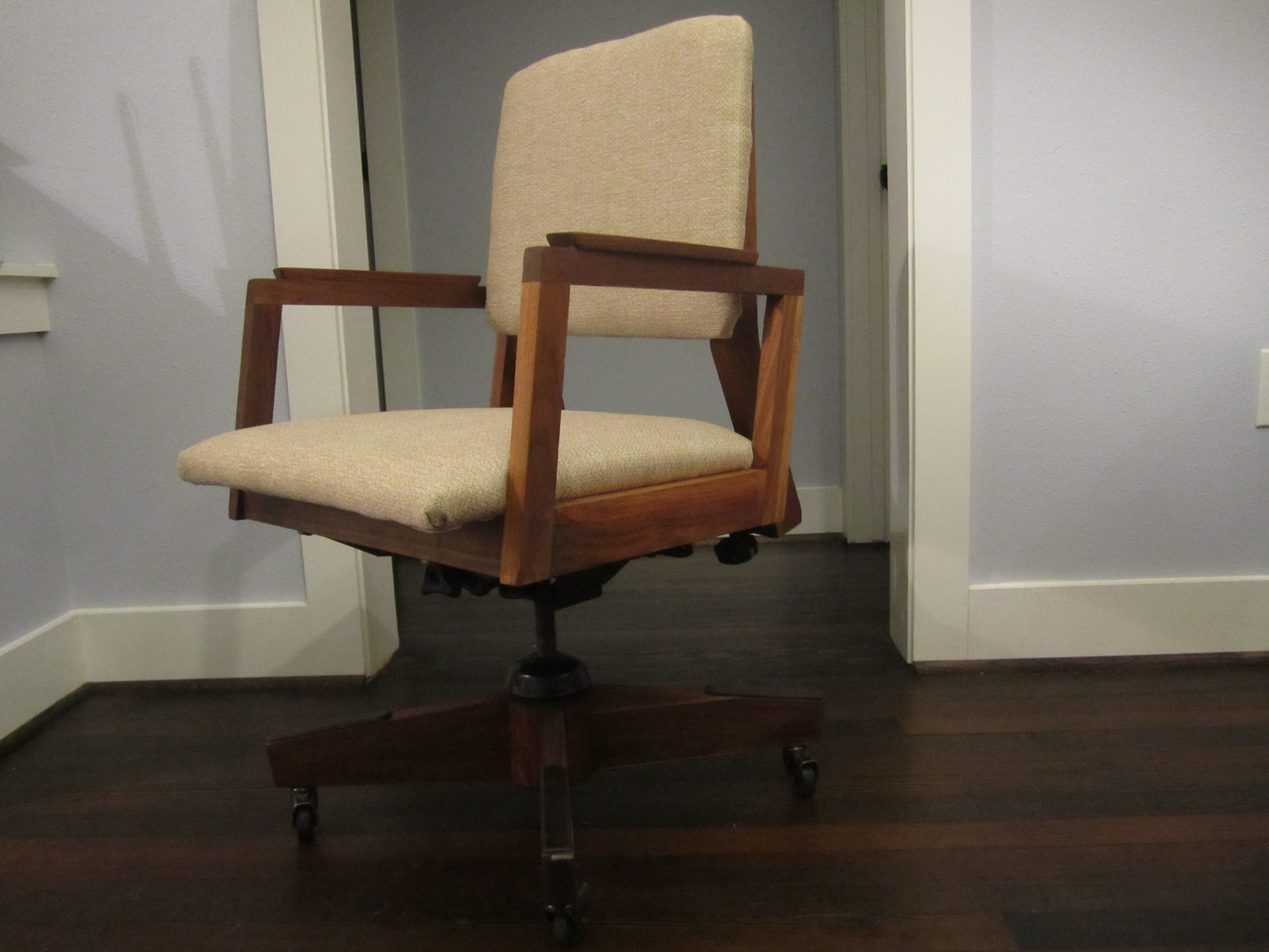 Reupholster Office Chair How Hard Is It To Reupholster An Antique Office Chair T
