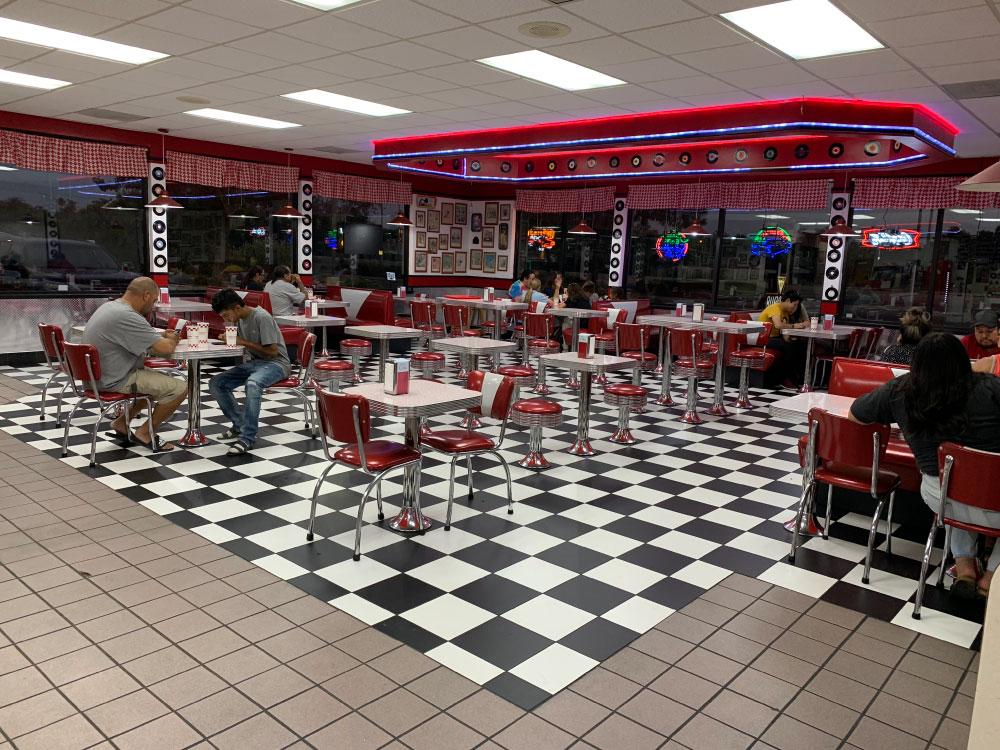 Retro Burger in Fresno CA