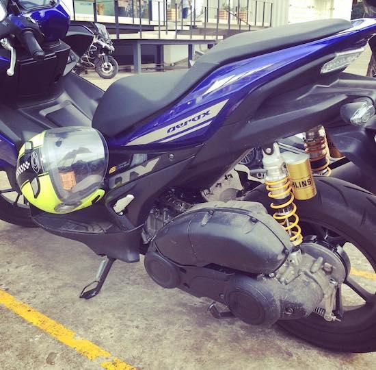 Yamaha Aerox 155 with Ohlins BMW