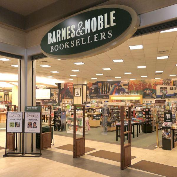 Tribeca Citizen Tag archive for Barnes Noble Tribeca